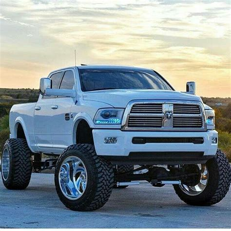 17 best images about lifted trucks on trucks lift kits and dodge cummins