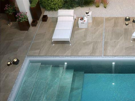 carrelage exterieur sur plot carrelage exterieur et dalle piscine carrelage