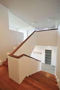Halbgewendelte Treppe Mit Podest : treppe mit br stung als gel nder wohn und garten tr ume pinterest treppe treppenhaus und ~ Markanthonyermac.com Haus und Dekorationen