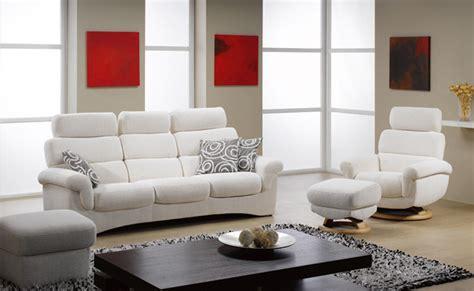 plushemisphere contemporary furniture versus modern furniture