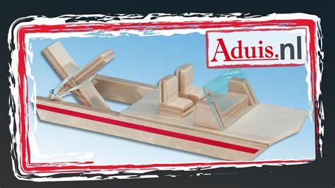 Bouwpakket Boot Met Motor bouwpakket boot quot watervlo quot met elastieken motor youtube