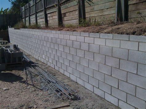 Installing Concrete Retaining Wall Block