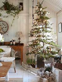 country christmas decorations 10 Country Christmas Decorating Ideas | Artisan Crafted ...