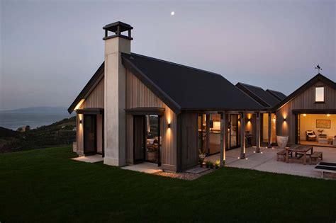Modern Houses : Waiheke Island Beach House Showcases Magnificent Coastal