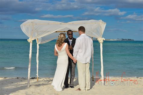 jeff maggie deck sandyport by bahamas wedding