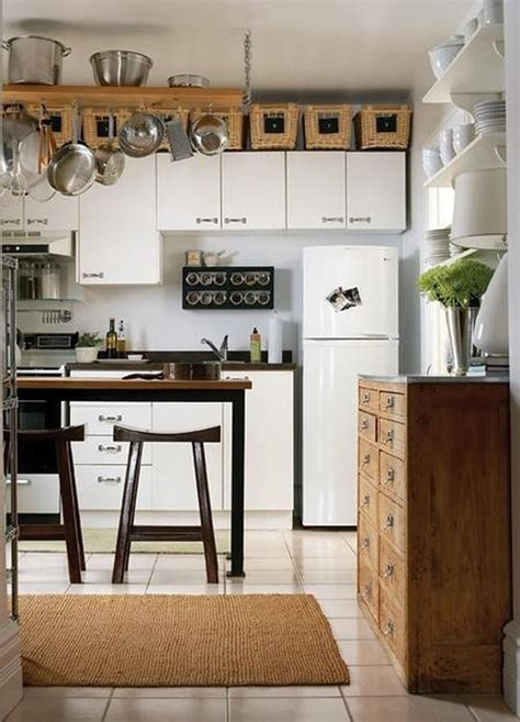 Above Kitchen Cabinet Decorations Pictures by 5 Ideas For Decorating Above Kitchen Cabinets