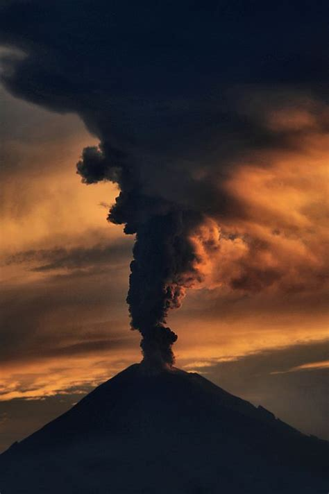 202 best images about volcano on erupting
