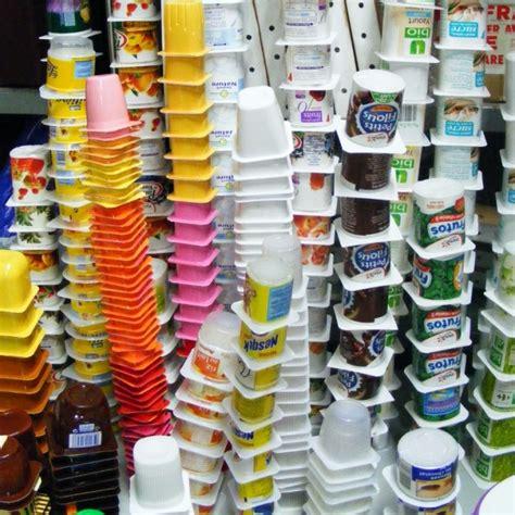 truc n 176 737 empiler les pots de yaourt vides un truc par jour