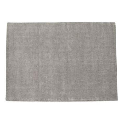 tapis 224 poils courts en gris 250 x 350 cm soft maisons du monde