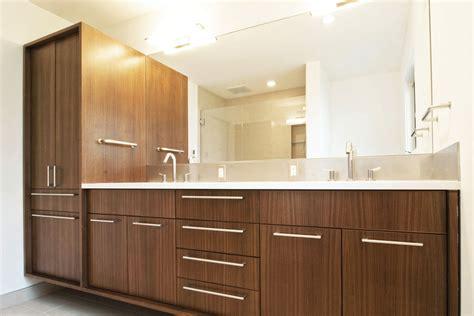 Create Contemporary Look With Mid Century Modern Bathroom