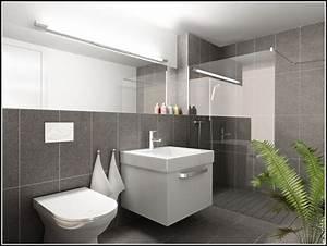 Fliesen Kleines Bad : badezimmer fliesen ideen fliesen house und dekor galerie xpkan9xgan ~ Markanthonyermac.com Haus und Dekorationen