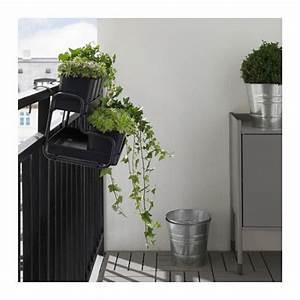 Ikea Socker Blumenständer : socker sierpot met houder ikea je kan de plantenbak en de sierpot aan een balkonreling hangen en ~ Markanthonyermac.com Haus und Dekorationen