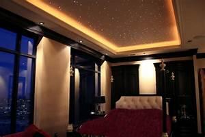 Schlafzimmer Romantisch Gestalten : 44 fotos sternenhimmel aus led f r ein luxuri ses interieur ~ Markanthonyermac.com Haus und Dekorationen