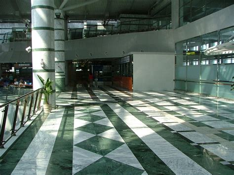 how to choose marble for flooring with smart tips guide unique marble flooring ideas homescorner