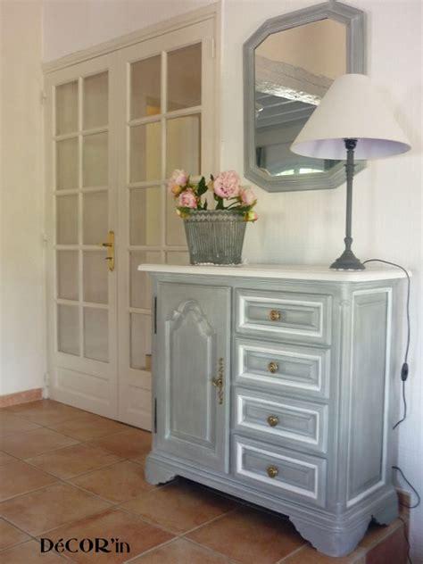 meuble bas style louis xii peint gris patin 233 dessus peint et vieilli en blanc photo de 1