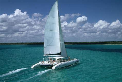 Catamaran Sailing Dubai by Fortune Hotels Dubai Catamaran Trip