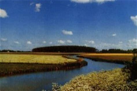 Platbodem Lauwersoog by Natuurdorp Suyderoogh Luxe Landhuizen Bij Bos En Meren
