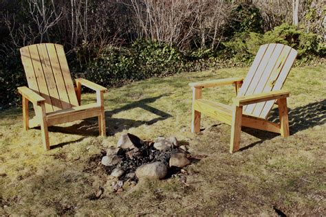 white adirondack chair from pallets diy projects