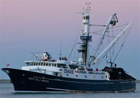 Wicked Tuna Boat Sinks by Wicked Tuna Boat Sinks Newhairstylesformen2014