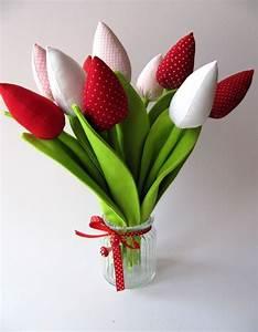 Deko Selbst Genäht : tulpen aus stoff gen ht deko dawanda lieblinge pinterest tulpe stoffe und zum valentinstag ~ Whattoseeinmadrid.com Haus und Dekorationen