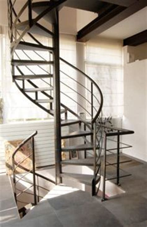 1000 images about escalier on spiral staircases spiral stair and stairs