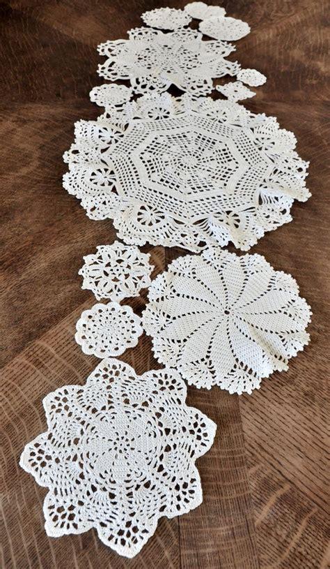 1000 id 233 es sur le th 232 me crochet table runner sur motifs de crochet chemins de table