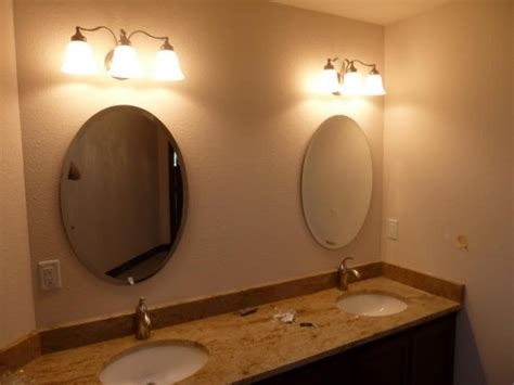Photos Oval Bath Mirrors