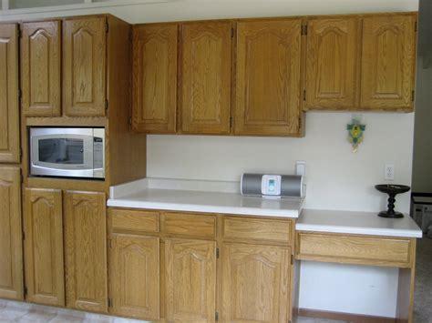 Kitchen Cabinets. Kitchen Hanging Cabinet Design