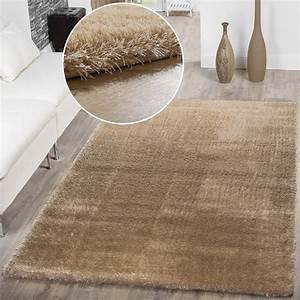 Türkische Teppiche Modern : teppich wohnzimmer hochflor teppiche modern elegant weich schimmer in uni beige hochflor teppich ~ Markanthonyermac.com Haus und Dekorationen