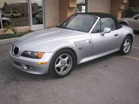 Buy Used 1998 Bmw Z3 Roadster Convertible 2-door 1.9l In