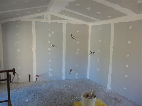 pose de cloison et plafond en placoplatre