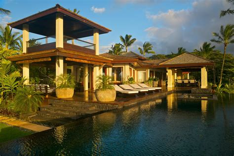 Tropical Home Style : Tour A Tropical Waterfront Estate In Kilauea, Hawaii