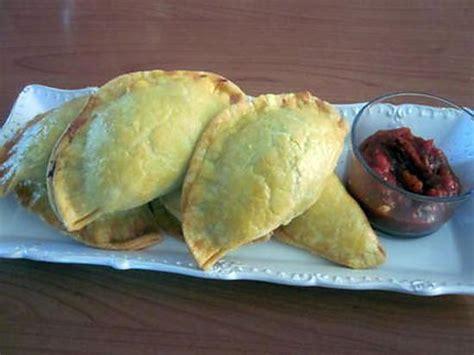 recette d empanadas au poulet 168 p 226 te bris 233 e au curcuma