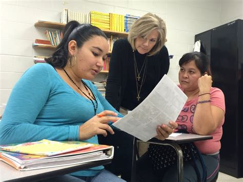 Arlington Schools Offer Adult Esl Classes To Community  The View 38002