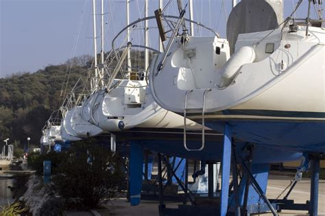 Catamaran Sailing Yacht Manufacturers by Boat Manufacturers Powerboats And Sailboats