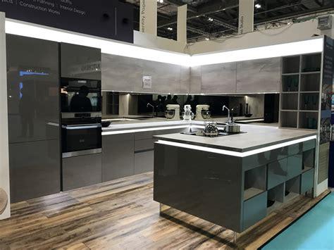 Ex Display Mereway Kitchen, Worktops And Appliances  The