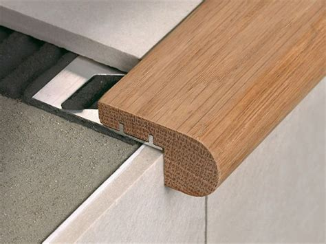 stair nosing in oak wood with aluminium support stairtec