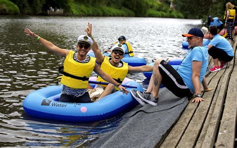 Inflatable Boat Yarra River by Melbourne S Yarra River Inflatable Regatta Returns With