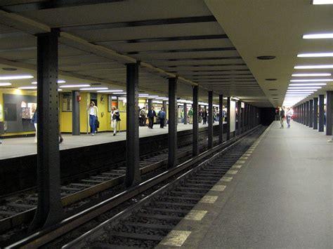 Ubahnhof Stadtmitte Bei Mehrfacher Stationsumbenennung
