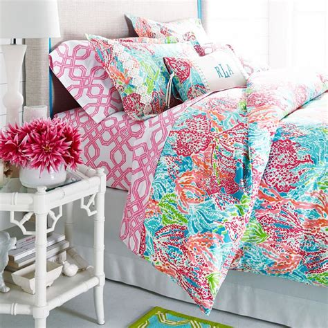 25 best ideas about pulitzer bedding on apartment bedroom decor college