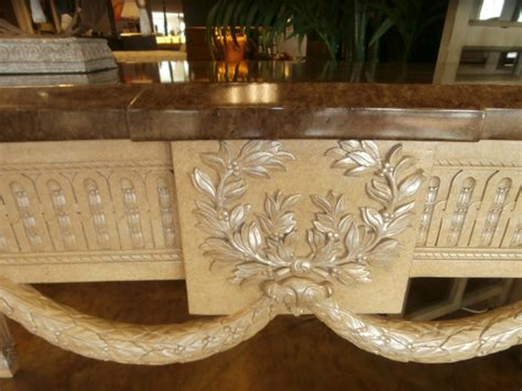 marge carson sofa table at the missing