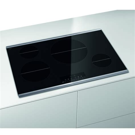 """Bosch NIT8066SUC 30"""" 800 Series Induction Cooktop Black"""