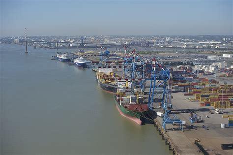 les projets de d 233 veloppement du port de nazaire sur l 233 olien offshore mer et marine