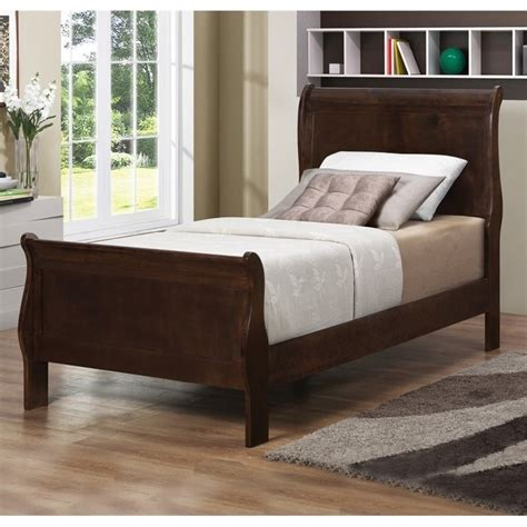 coaster louis philippe sleigh bed in cappuccino 202411t