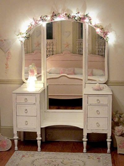 Shabby Chic Bathroom Vanity Light by 25 Best Ideas About Shabby Chic Vanity On