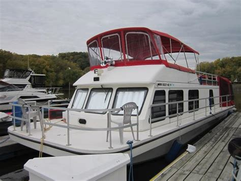 Used Boats Red Wing Mn by 2000 Gibson 41 Sport 41 Foot 2000 Boat In Red Wing Mn