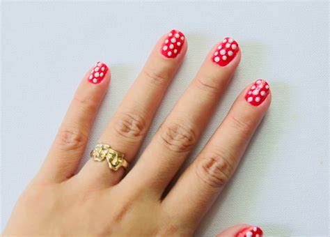 How To Paint Polka Dot Nails With A Toothpick