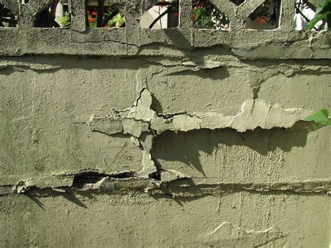 recouvrir un mur exterieur en parpaing free couvrir le