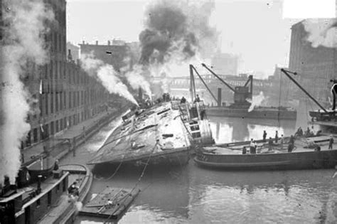 Group Boat Cruise Chicago by Eastland Disaster Group To Commemorate Boat S Sinking