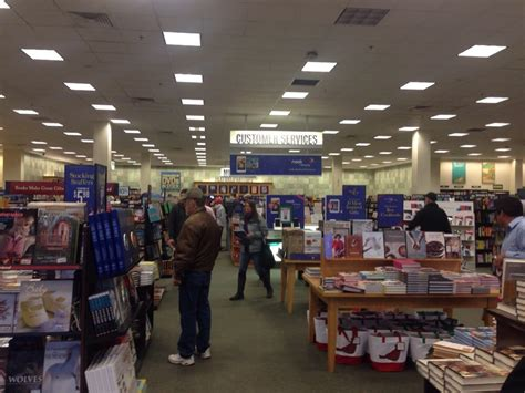 barnes and noble salary barnes noble booksellers bookstores waterloo ia yelp